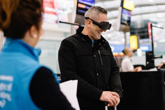 ▲ 希思罗机场 5 号航站楼试用 VR 设备