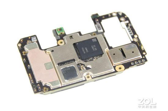 外挂5G基带让主板更加复杂