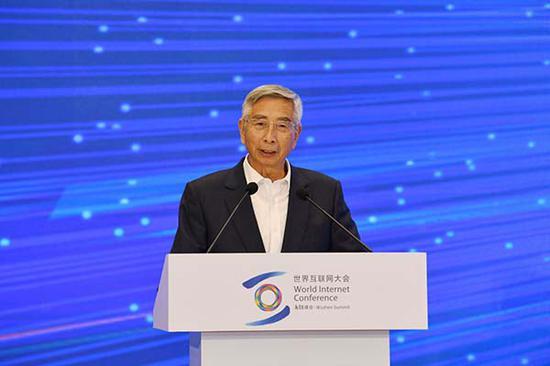 工程院院士倪光南:新一代技术能提高人民经济和生活...