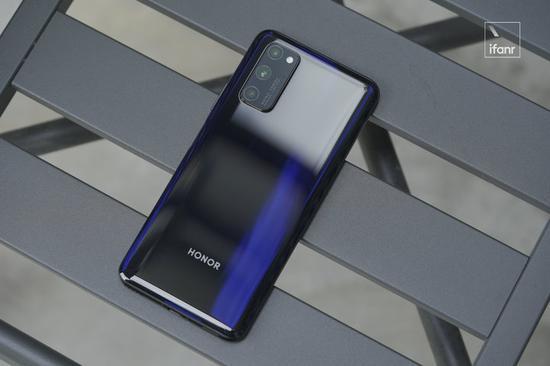 现在就该买重庆G手机了吗