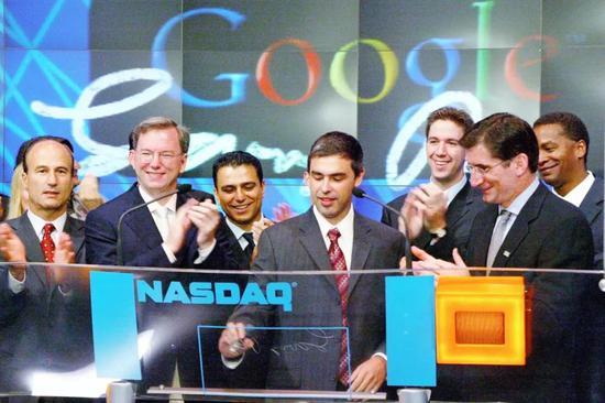 2004 年,谷歌在纳斯达克上市