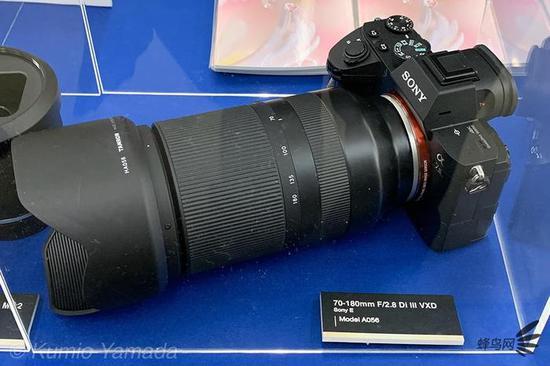 腾龙宣布一颗索尼全画幅E卡口大光圈长焦变焦镜头——70-180mmF/2.8DiIIIVXD