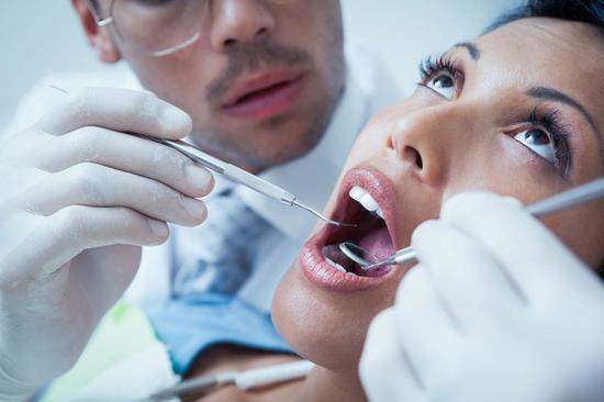 电动冲牙器工作原理是什么?值得购买吗?