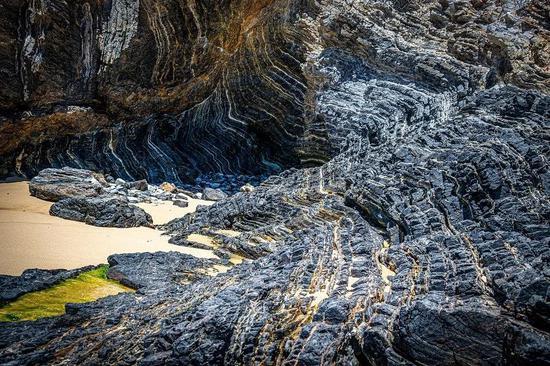 岩石圈的经典露头