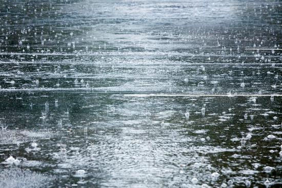 本世纪以来最长的梅雨季 除湿机和干衣机卖疯了