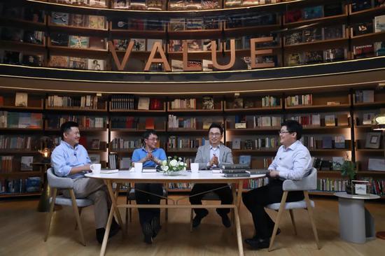 """张磊的""""价值""""对话:企业家如何做""""难而正确的事"""""""