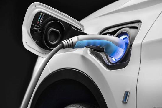 新能源车险打响围猎战