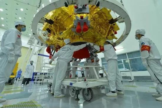 嫦娥3号探测器(图片来源:中国空间技术钻研院)