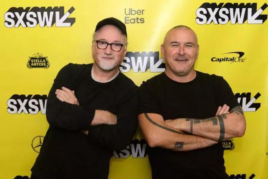▲ 大卫·芬奇(左)和 蒂姆·米勒(右)在2019西南偏南电影节参加本片首映