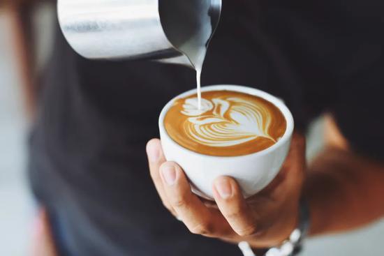 瑞幸飘摇、连咖啡复活 为什么资本不会放弃中国咖啡故事
