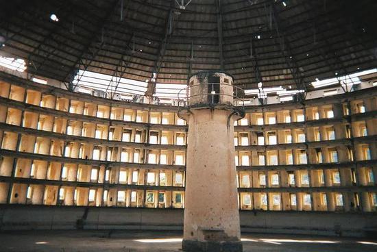 """图:1928年的古巴Presidio Modelo""""圆形监狱"""""""