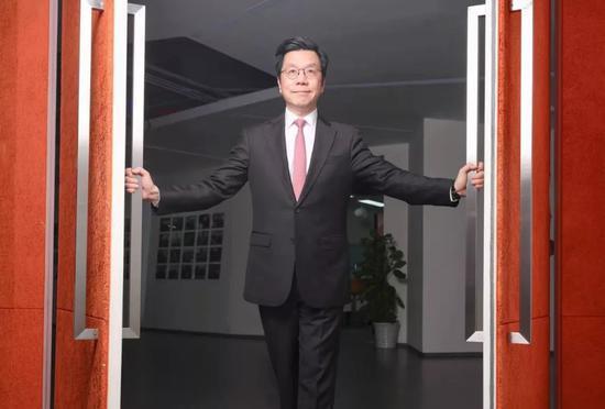 李开复十年轮回:转型背后藏着创新工场对机会的渴望