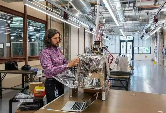 Loon实验室的工程师