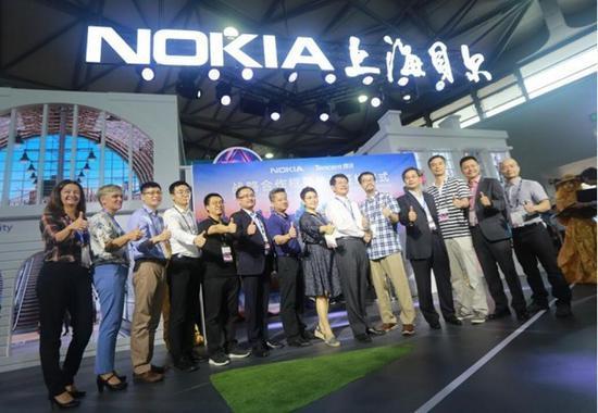 """经过两年""""炒作""""之后,5G终于快来了(图片来自于ifeng.com)"""