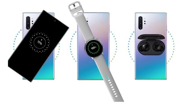 三星Note10 Pro反向无线充电示意