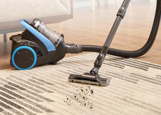 吸尘器好用但别吸这三种东西 选购时注意细节