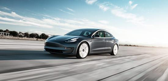 """特斯拉推出基础版Model 3,售价3.5万美元 实现""""秘密总体计划"""""""