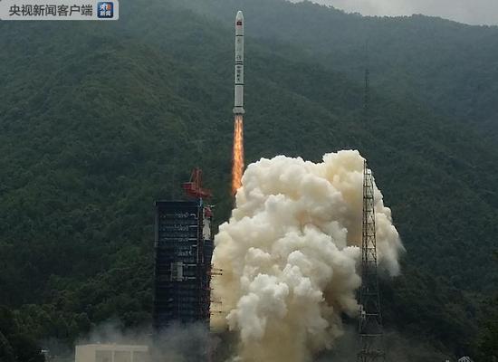 我国成功发射新技术试验双星 用于开展星间链路组网