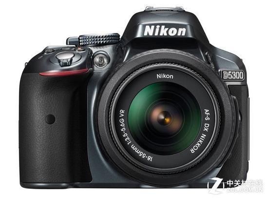 尼康D5300单反相机(配18-55mm镜头)