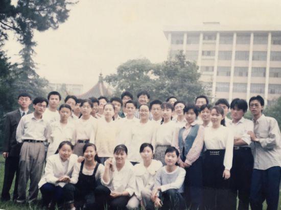 戴珊回忆马云教师生涯:学生英语六级通过率全校最高