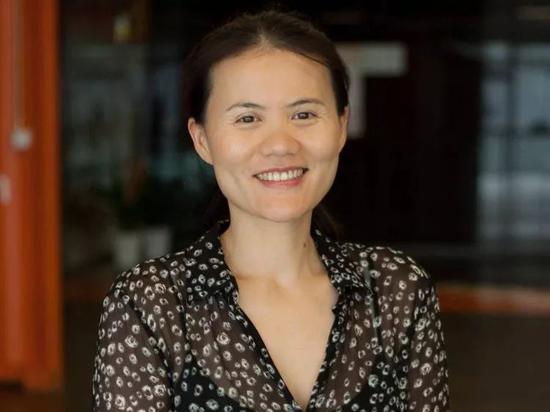 """时任蚂蚁金服CEO的彭蕾在2010年支付宝年会后,将""""升迁支付成功率""""列为最主要的KPI。"""