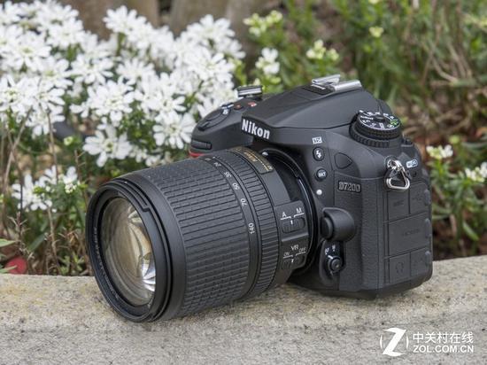 尼康D7200 18-140mm套机是高画质、带Wi-Fi、高续航、双卡槽的特出选择