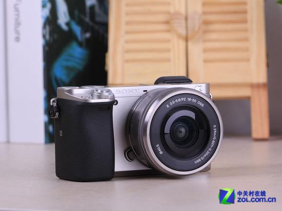 索尼A6000微单相机(配16-50mm镜头)