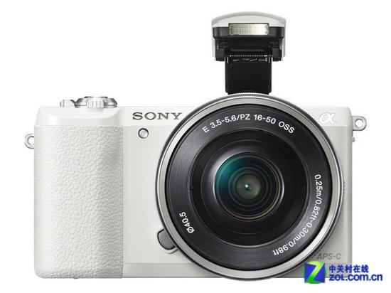 索尼A5100微单相机(配16-50mm镜头)