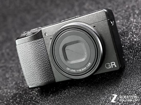 当然,GR3是一台好相机,只是笔者作为老用户,却觉得有些陌生了