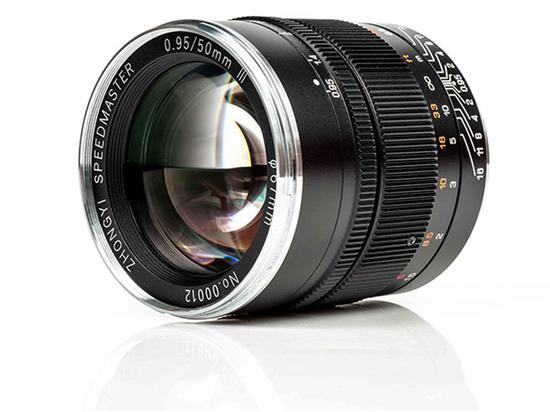 拍夜景更美 中一光学50mm f/0.95 III即将上市