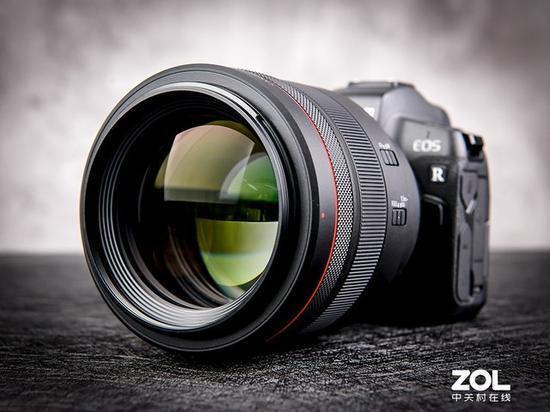 毫无疑问,佳能RF 85mm F1.2 L USM是一支顶级人像镜头
