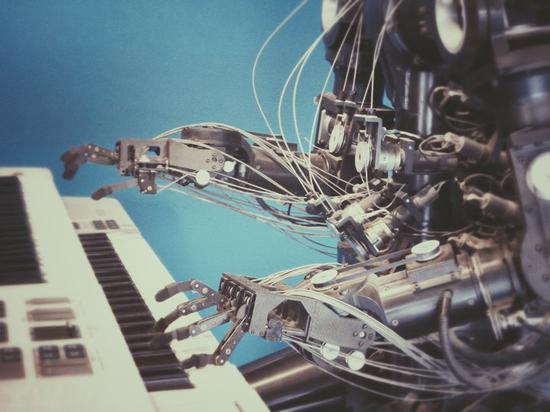 AI��的歌�l�]�了 人工智能音�肥撬��g��作�幔�
