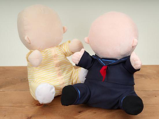 日本推出机器宝宝弥补情感空缺 造型点瘆得慌
