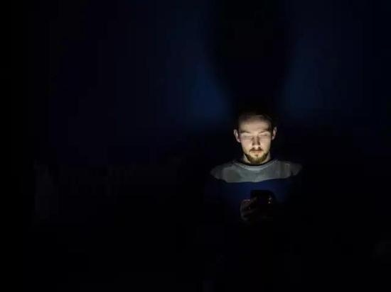 ▲相关阅读:为啥白天不懂夜的黑?《科学》发现三种新细胞,可帮助大脑区分白昼与黑夜(图片来源:Pixabay)