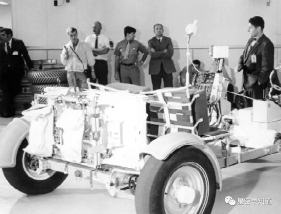 波音公司研制过程中的LRV漫游车原型车