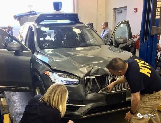 2018年3月,发生了美国首次自动驾驶车辆撞死路人的事故。