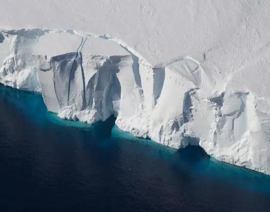 即使没有工业革命,地球温度也一直在上升?