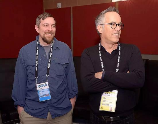 托德•道格拉斯•米勒(左)和友人约翰·库珀(右)