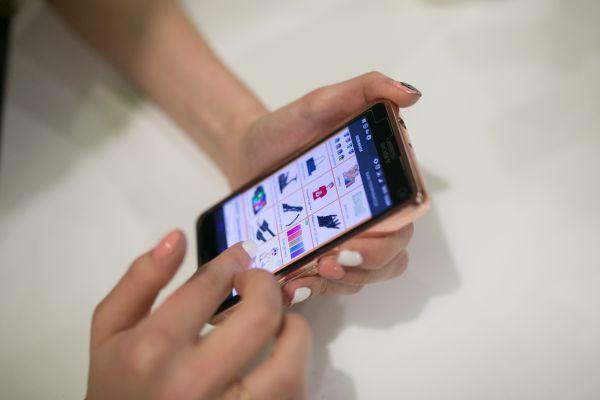 俄罗斯人9个月在中国网店的购物次数增加49.7% 总额超过15亿美元