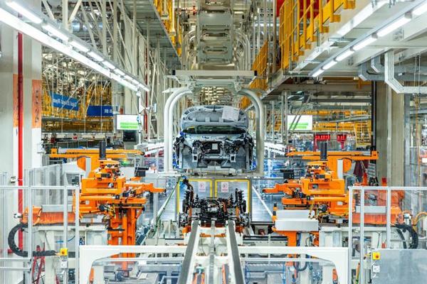 上汽大多MEB工厂全自动相符装平台