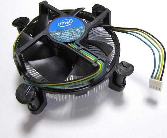 英特尔召回部分盒装版的至强E-2274G四核处理器,只因散热器效力不足