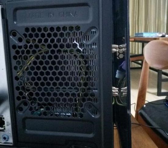 机箱和散热器不兼容GG