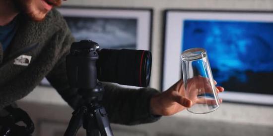 一个玻璃杯 就能让你的画面充满空间感 快试试