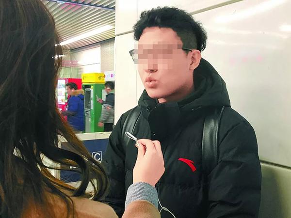 """当事人李明。 图片来自""""北京晚报""""微信公多号"""