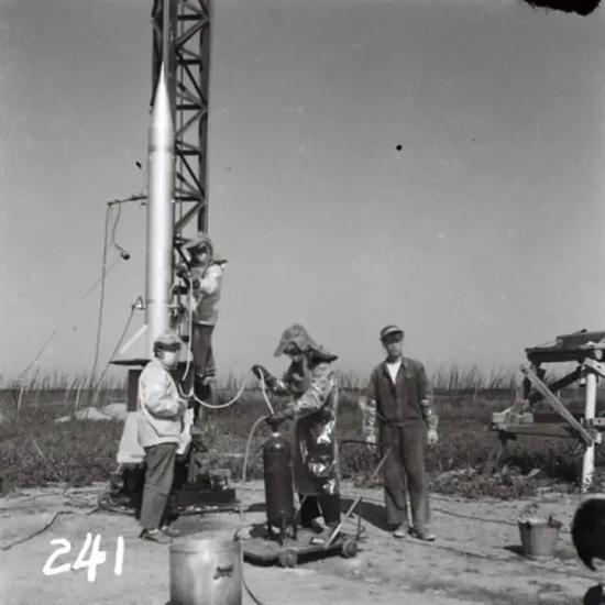 中国第一枚探空火箭,1960年