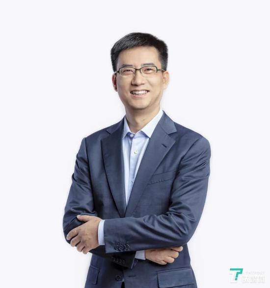 蚂蚁金服CEO胡晓明