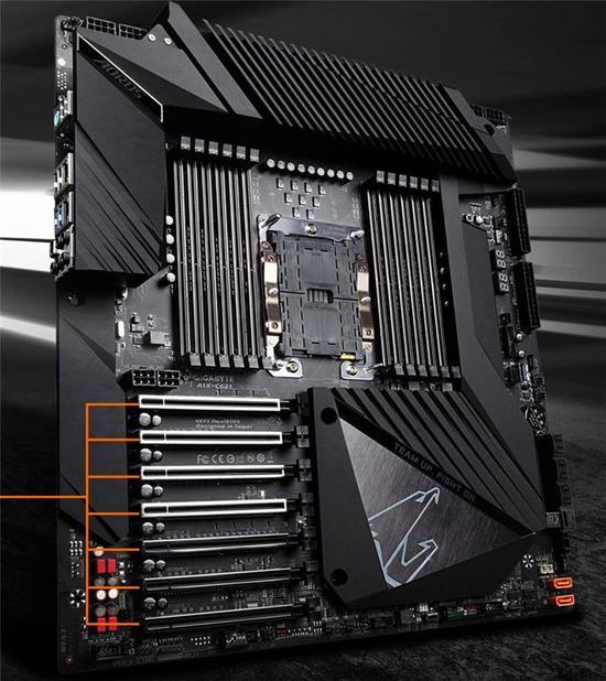 技嘉发布C621 Aorus Xtreme主板:12条内存插槽