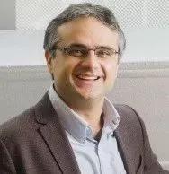 ▲本研究的负责人Ömer Yilma教授(图片来源:MIT官网)