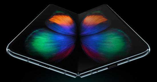 三星Galaxy Fold可折叠屏幕技术下月国行版上架 开放预先登记