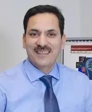 Khalid Shah教授(图片来源:哈佛大学官网)